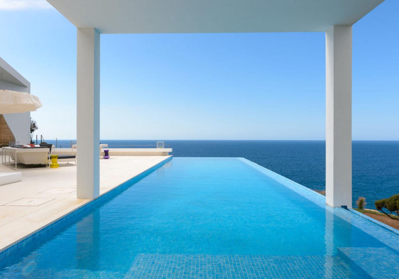 Spanish Infinity pool
