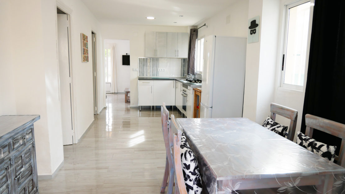 How to find the perfect self catering beach apartment for your family in Spain
