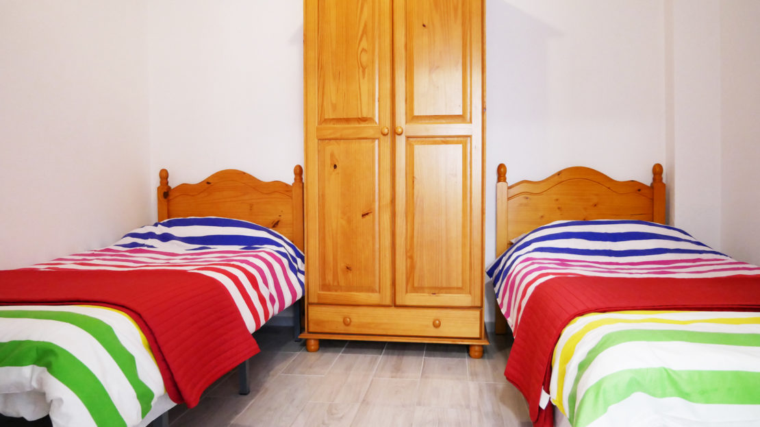 Holiday apartment meters from beach for family holidays